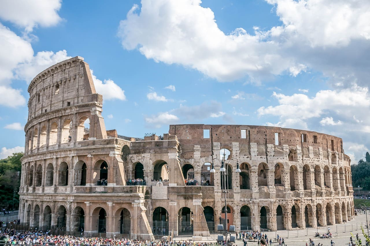 Funny things to do in Rome