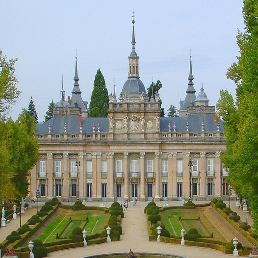Private one-day tour Segovia and La Granja for free from Madrid